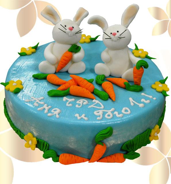 Зайчета хапват морковчета