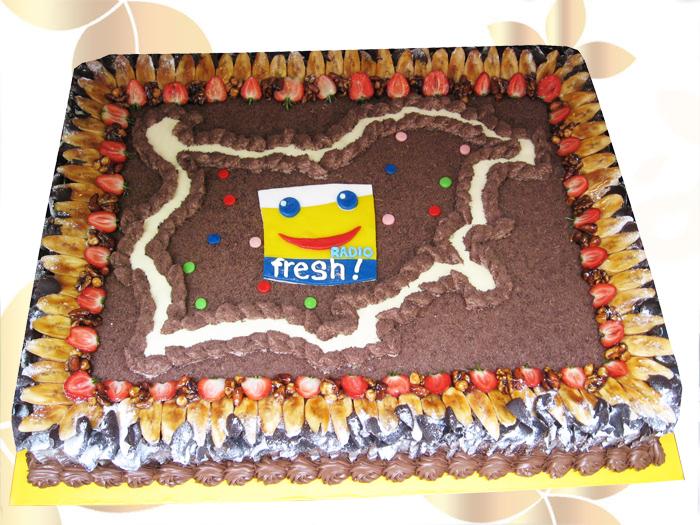 Фирмена торта Радио Фреш